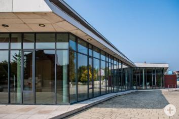 Glasfassade der Stadthalle Eislingen